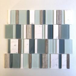 witte tegels mozaïekvloer en muur badkamer mvp-icing