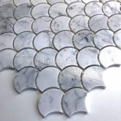 Mosaik aus weißem Marmor Boden- und Wandfliesen Modell TIMPA
