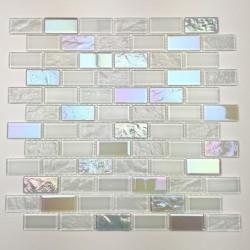 Weißes Glasmosaik Wand Bad...